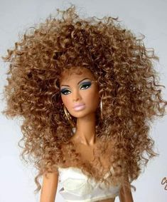 I'm so tired but I still feel good keep your chin up girl you came to far to give up! Beautiful Barbie Dolls, Vintage Barbie Dolls, Pretty Dolls, Fashion Royalty Dolls, Fashion Dolls, Diva Dolls, African American Dolls, Barbie Fashionista, Barbie Clothes