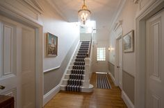 #Victorian #hallway designed by Nikki Rees, The DecorCafe expert member, helping people to #createthehomeyoulove www.thedecorcafe.com