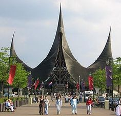 The #Efteling, a Dutch amusement park, is one of the most beautiful amusement parks in Europe. Love going here for the beautiful scenery and great attractions. They even have a wheelchair rental.