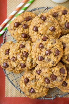 Pumpkin oat chocolate chip cookies. I know fall is not for a while, but... YUM!