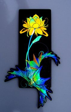 laurel yourkowski art for sale - Bing Images Glass Wall Art, Fused Glass Art, Dichroic Glass, Stained Glass Art, Mosaic Glass, Stained Glass Suncatchers, Glass Flowers, Stained Glass Patterns, Wall Sculptures