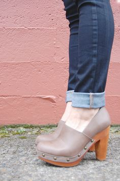 Levi's jeans, Fiel clog pumps, wright for michele