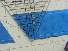 How to make a triangle quilt, quickly (tutorial by Molly Flanders).