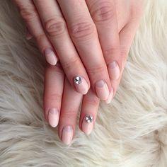 #nail#nails#nailart#naildesign#japanesenailart#gelnail#gelart#gelmanicure#balancenailsnyc#newyork#chelsea#kiwasalon#frenchnails#blingnails#swarovski#simplenails @blonderexic classy thank you for the pix!!