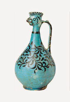 TÜRK KOZMOLOJİSİ-SELÇUKLU HOROZ BAŞLI SÜRAHİLER Türk Selçuklu Sanatında Horoz Başlı Sürahiler. 12-13.yy.