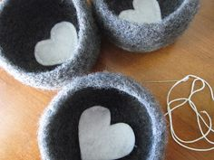 Felted Crochet Bowl Pattern - can use up my leftover wool