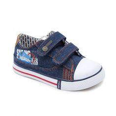 a5694ba27  Zapatillas de lona para niño con velcro. Calzados casual en textil estilo  vaquero