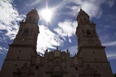 """El Ayuntamiento de Morelia, a través de la Gerencia del Patrimonio Cultural prepara el segundo """"rescate de barrio"""", en esta ocasión serán dos lugares, Capuchinas y posteriormente en San Agustín, ..."""