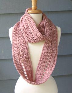 crochet infinity scarf ✿Teresa Restegui http://www.pinterest.com/teretegui/✿