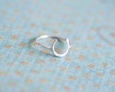 horseshoe ring. anne kiel jewelry