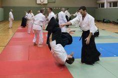Aikidotraining im Aikidodojo Kremstal (Oberösterreich) mit Markus Herzl am 5. Dezember 2017 in der Berufsschule Kremsmünster: Kokyonage