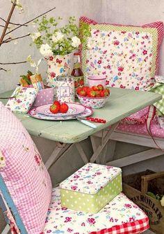 shabby chic kitchen designs – Shabby Chic Home Interiors Cocina Shabby Chic, Shabby Chic Stil, Shabby Chic Kitchen, Shabby Chic Decor, Kitchen Decor, Cottage Chic, Shabby Cottage, Cottage Style, Cottage Porch