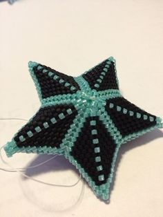 1000+ images about Beaded stars on Pinterest | Beaded snowflake ...