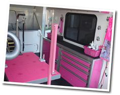 Detail Of Our Mobile Dog Grooming Salon