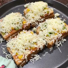 Grilled Sandwich Recipe, Sandwich Recipes, Bread Recipes, Boiled Corn, Chilli Flakes, Garlic Bread, Spoons, Baked Potato, Breads