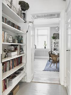 my tiny home inspiration - all white built in bookshelves in a ...