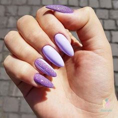Everyone knows that glitter nail art is a constant favorite. Almost every girl and woman love to have glitter on their nails. Glitter can give an extra edge to your nail and send sparkles in dull mome Holiday Nails, Christmas Nails, Simple Christmas, Christmas Art, Christmas Glitter, Christmas Makeup, Purple Nail Art, Neon Purple Nails, Violet Nails