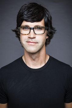 Link from good mythical morning Good Mythical Morning, Markiplier Hair, Attractive People, Dan And Phil, Let Them Talk, Celebs, Celebrities, Drawing People, Cute Guys