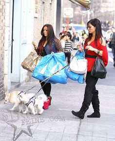 Snooki and JWoww Head Home After Shopping Snooki And Jwoww, Nicole Snooki, Star Wars, Jersey Girl, Don't Care, Monkey, Fashion Beauty, Winter Jackets, Lol