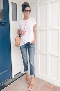 36 Summer Fashion Chic Boyfriend Jeans,Style 36 Sommermode Chic Boyfriend Jeans # # Like: More from my. Late Summer Outfits, Summer Vacation Outfits, Casual Summer Outfits For Women, Spring Outfits, Casual Jeans Outfit Summer, Vacation Fashion, Casual Summer Clothes, Beach Holiday Outfits, Summer Wear For Women