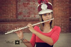 what a fail: terrible posture, her flute is SAGGING, shako is totally out of whack.... sigh.