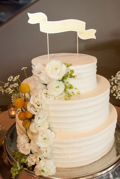 38 of the Prettiest Floral Wedding Cakes | Brides