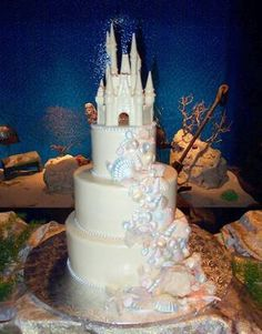 The DIS Discussion Forums - Wedding Cake- Shells and Disney castle