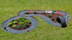 Outdoor Race Car Track for Kid. Interesting things to do out there in your backyard. So simple and cheap to make, and you could play them with your kids or family anytime. http://hative.com/creative-and-fun-backyard-ideas/