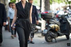 Okay, jump suits are just as great as dresses- although I am not tall enough to wear them, I love this! Paul Smith | Paris @ http://le-21eme.com