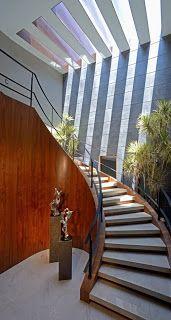 Fachada Moderna con Marmol Navona / JI STUDIO, México