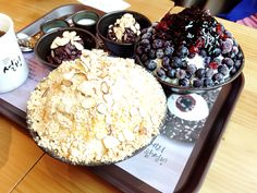 Shaved Milk Ice with Injeolmi & Shaved Milk Ice with Blueberries at Sulbing (인절미 빙수 & 블루베리 빙수 - 설빙)