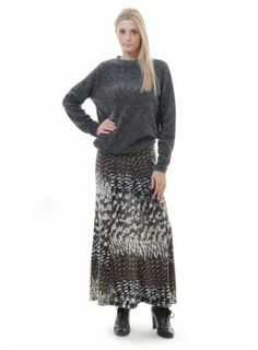 When temperatures plummet, don't scrimp on style, pull on this scrumptiously soft, fluffy sweater from Ideal for weekend wear, this cosy loose knit pie Fluffy Sweater, Grey Sweater, Jumpers For Women, Women's Jumpers, Weekend Wear, Fashion Boutique, Dress Making, Cosy, Wool Blend