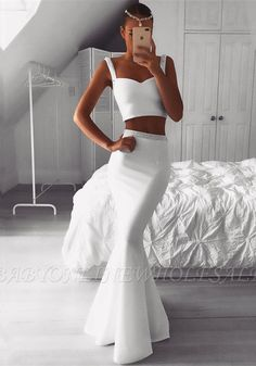 Gorgeous Two Pieces White Prom Dress Mermaid Beadings Evening Gowns On Sale Item Code: Elegant Dresses For Women, Trendy Dresses, Sexy Dresses, White Formal Dresses, Prom Dresses Uk, Mermaid Prom Dresses, Dress Prom, Wedding Dresses, Bridesmaid Dresses