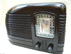 Vintage Radio Vogue 1939
