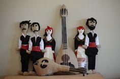 "The Cretan women. Handmade and personalized puppets from ""Psarokokalo"" and Maria Polixa - la.trap: portfolio via Psarokokalo http://trapme.blogspot.gr/p/portfolio.html"