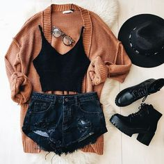 Image discovered by Maquiii ♥ . Find images and videos about fashion, style and outfit on We Heart It - the app to get lost in what you love. Teen Fashion Outfits, Mode Outfits, Outfits For Teens, Fall Outfits, Summer Outfits, Ootd Fashion, Womens Fashion, Fashion Boots, Hipster Outfits For Women