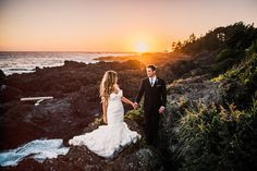 We could sit and stare at that incredible sunset and this gorgeous couple all day | Image by Ryan Flynn Photography