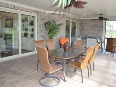 The Belize III offers a spacious screened porch