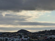 Desde las Islas Canarias  ..Fotografias  : Tarde de nubes en San Bartolome de Tirajana en Gra...