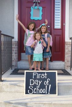 Blue Cricket Design    blog with ideas to capture first days of school with your kids....great ideas!