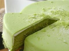 Japanese Green Tea Cheesecake. Delicous dessert in under 30 minutes. Need to use up my green tea powder.