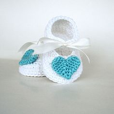 Find More First Walkers Information about Baby Booties handmade crochet baby shoes baby  girl booties  crochet flower baby shoes newborn shoes  infant shoes 0 12months x5,High Quality shoes back,China shoe box shoes Suppliers, Cheap shoes basketball shoes from crochet&knit baby sweater /dress/hat/shoes on Aliexpress.com