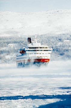 HURTIGRUTEN NORDNORGE.  Because of the nasty winter weather it took 5 months for a letter mailed from Trondheim to reach Hammerest!  With the hurtigruten that time dropped to only 7 days - making it not only a great feature for shipping & communication, but a real potential boom for business.