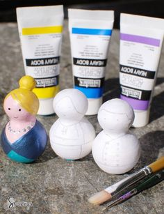 How to paint peg people