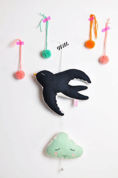 NEW swallow mobile in my shop! | Pinknounou blog