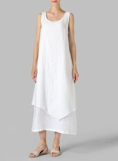 White Linen Double Layered Long Dress Casual cool, simple and regular loose fitting lines of this VIVID Linen dress reveals a slash of colour with layered construction. Perfect for everyday activities. White Linen Dresses, Cotton Dresses, Casual Dresses, Short Dresses, Summer Dresses, Miss Me Outfits, Curvy Women Fashion, Kaftan, Pretty Dresses