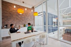 Airbnb Meeting Room by Gensler Architects and Interior Design Fair