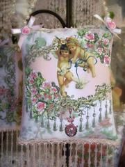 Cherubs and Doves Crystal Roses Sachets - Victorian Decor Sachets - Roses And Teacups  - 1