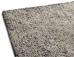 PERSIA - Hand made wool rug 6' x 9' - Black and White