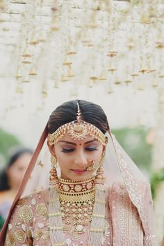 ideas wedding day makeup for bride the dress for 2019 Fashion Photography Poses, Bride Photography, Bride Portrait, Beauty Portrait, Beautiful Indian Brides, Beautiful Bride, Wedding Wear, Wedding Bride, Wedding Dresses